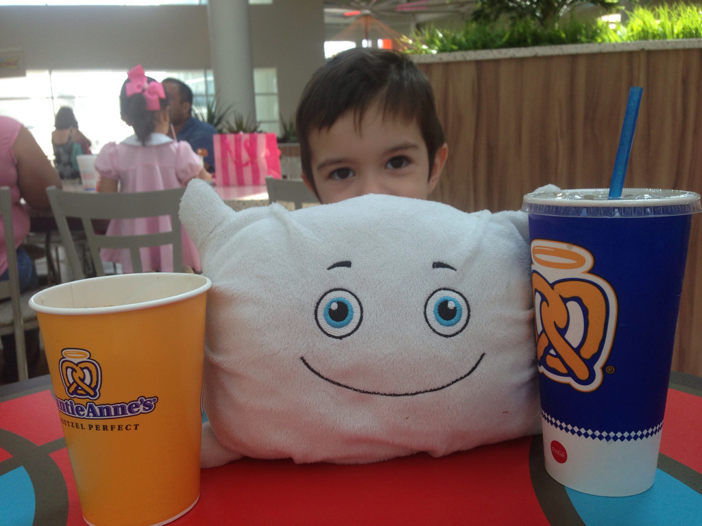 Pilwoah enjoying a snack at the mall